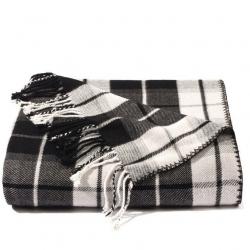 Plaid-Blankets-6005